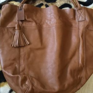 Excellent Condition GAP brown leather hobo bag